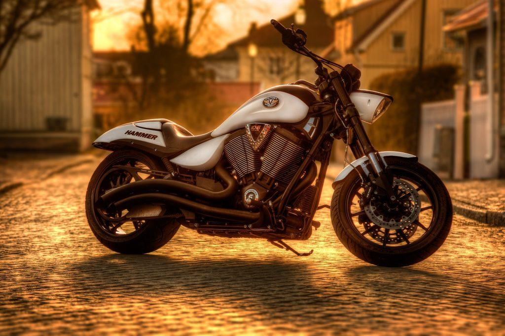 Pramogos važiuojant motociklu